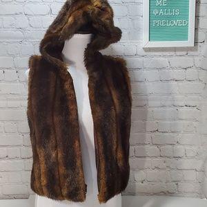 Lauren Ralph Lauren faux fur petite hooded  vest